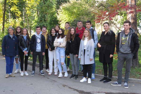 Učenici iz Francuske i Slovačke u poseti Srednjoj poljoprivrednoj školi