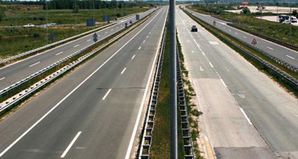 Путеви Србије: Током празника путевима прошло 2,5 милиона возила