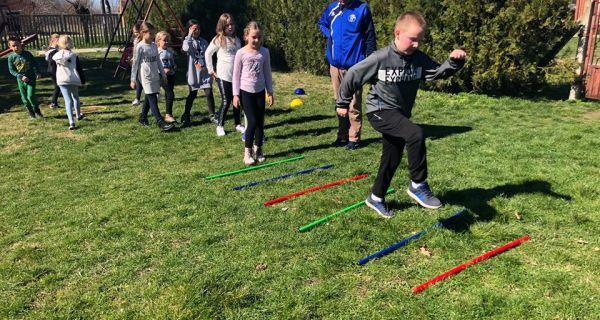 Atletski rekviziti učenicima iz Belotića