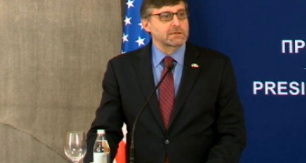 Палмер: Србија неће ући у ЕУ без признања Косова