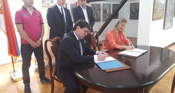 """Potpisan ugovor između """"Toplane"""" i Evropske banke za obnovu i razvoj"""