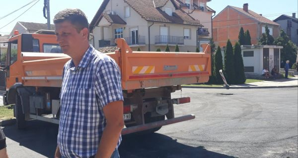 Asfaltiranje Suvoborske na Letnjikovcu