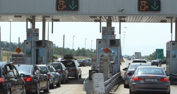 Михајловић: До 1. септембра 37,5 милиона возила на ауто-путевима у Србији