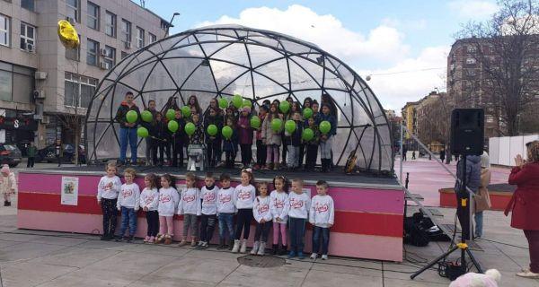 Deci oboleloj od raka poslata podrška iz Šapca