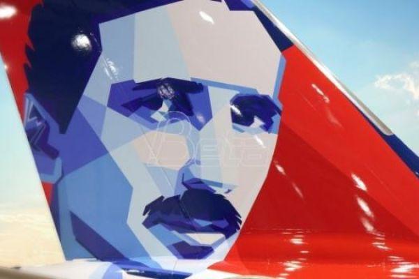Avion Er Srbije sa likom Nikole Tesle u subotu u Beogradu