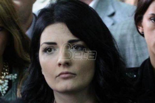 Супруга Оливера Ивановића бојкотовала седницу парламента због Милана Радоичића