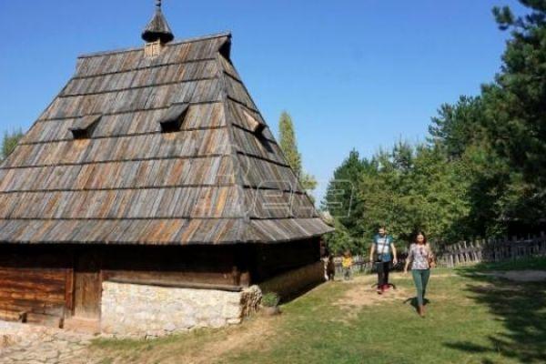 Udruženje Moja Srbija: I u 2021. godini 100.000 vaučera za odmor u Srbiji
