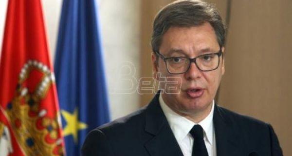 Vučić se u 15 sati obraća javnosti