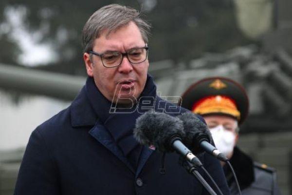Pred Vučićem u Kragujevcu samo mikrofoni RTS, Pinka i Tanjuga