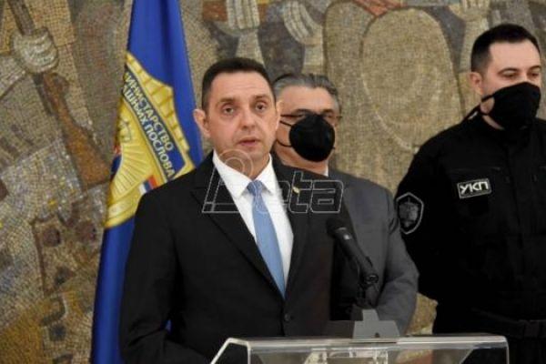 Vulin: Nelegalno prisluškivano 1.572 razgovora Vučića i njegove porodice