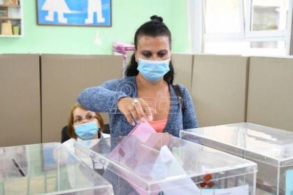 Политика: Председнички, парламентарни и београдски избори у априлу 2022.