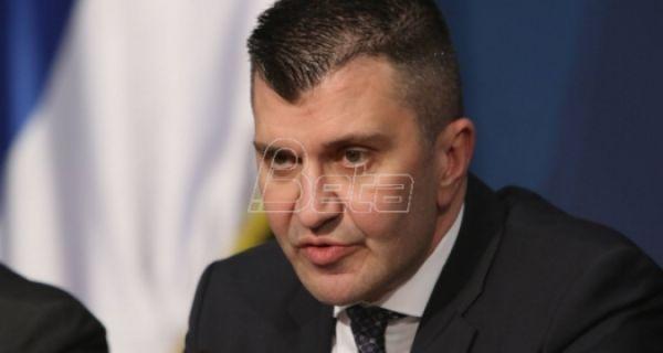 Министар: Због епидемије корона вируса допуне 10 посебних колективних уговора у Србији