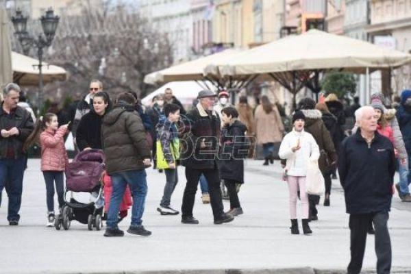 У Србији данас облачно, увече снег