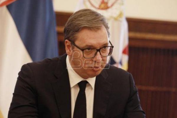 Vučić: Isplata državne pomoći građanima i privredi počinje 6. maja, po 30 evra penzionerima