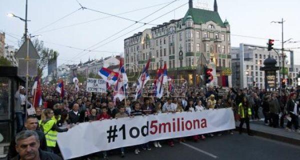 Протест у Београду: На унапред украдене изборе нећемо изаћи