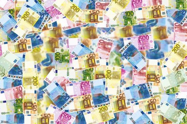 Курс динара у односу на евро
