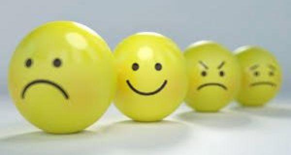 Променљиво расположење, главобоља и несаница