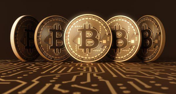 Bitcoin достигао највећу вредност у последњих месец дана