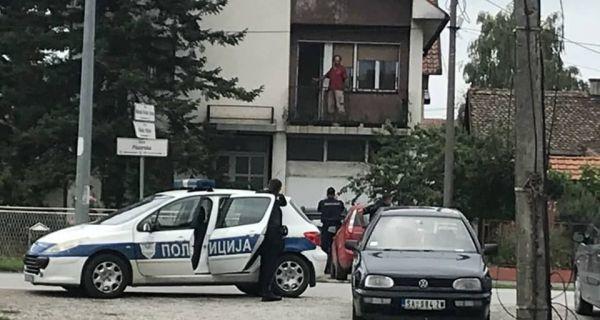 BOMBOM PROTIV POLICIJE