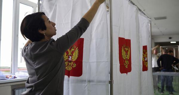Русија данас бира председника