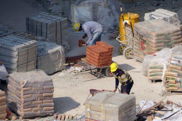 Istraživanje: Privrednici regiona veruju da je najprofitabilnije poslovanje u građevinarstvu