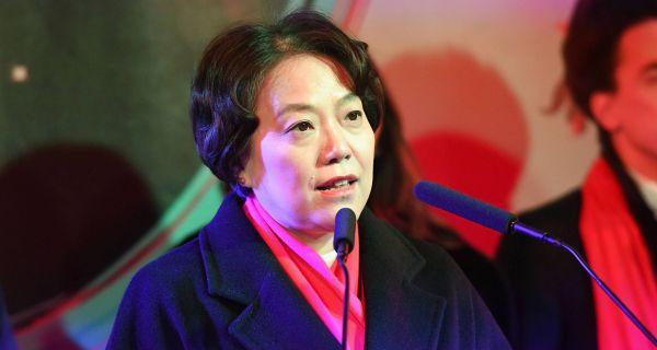 Чен Бо: Стигли стручањаци са прве линије фронта у Кини, кренули у Европу на ново ратиште
