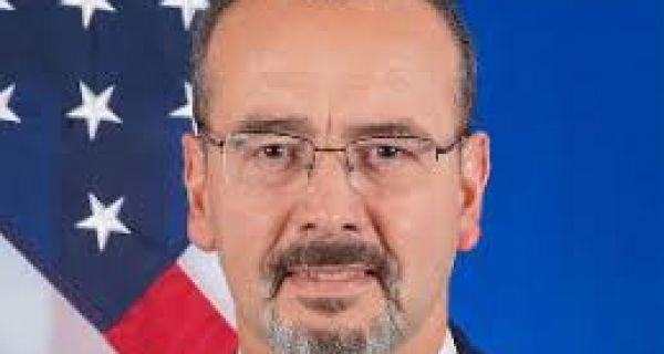 Амбасадор САД: Важно да сви изађу на изборе