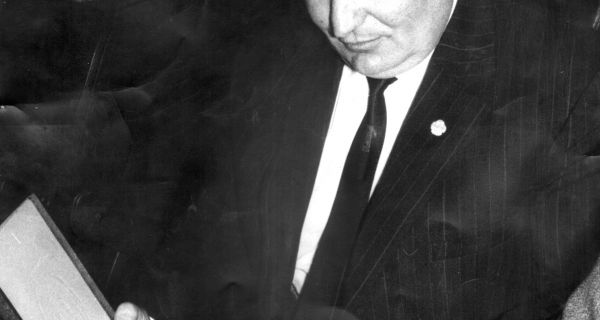 Дулаћ, шампион хуманости