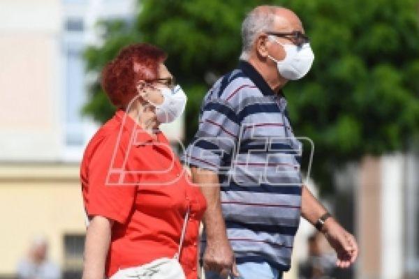Преминуло још 17 особа од последица ковида у Србији
