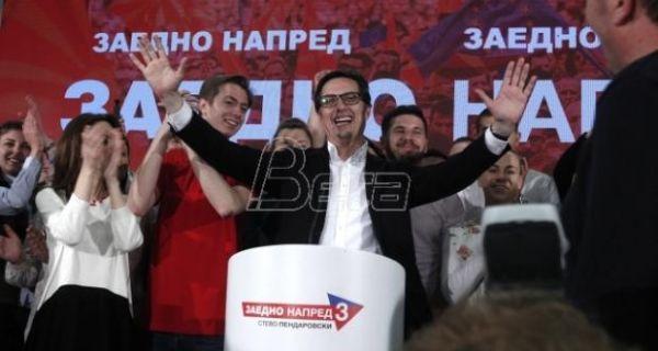 Столтенберг и Хан честитали Петревском победу