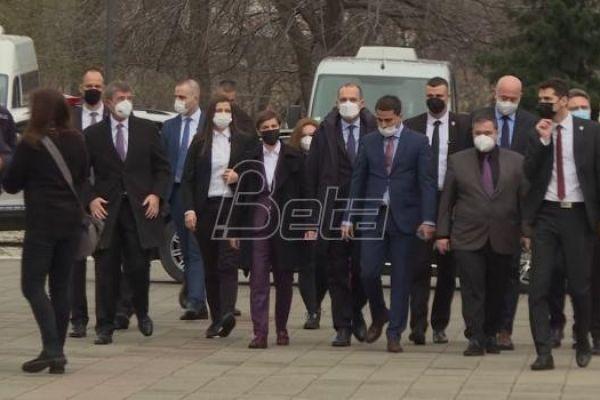 Srbija planira izgradnju fabrike vakcina Sinofarma