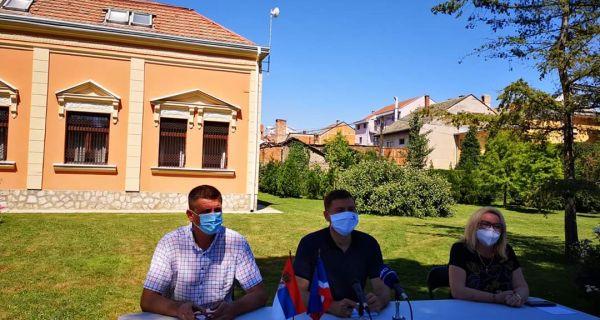 Zelenović: Apelujem na poštovanje mera, borba protiv pandemije najvažnija