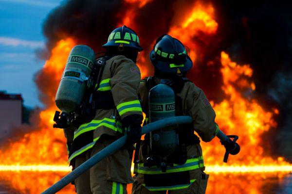 МУП: Конкурс за упис 300 полазника на основну обуку припадника ватрогасно-спасилачких јединица