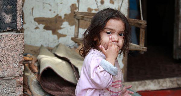 У ризику од сиромаштва око 400.000 деце