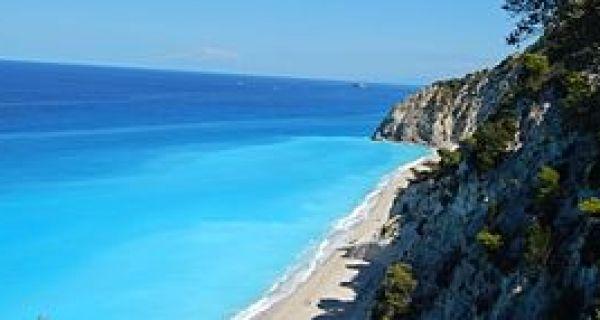 Грчка затворена за наше држављане