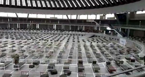 Војска почела да поставља болничке кревете у највећу халу Београдског сајма