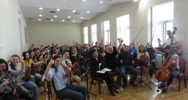 Prvi koncert simfonijskog orkestra Muzičke škole