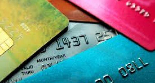 Korona povećala plaćanje karticama