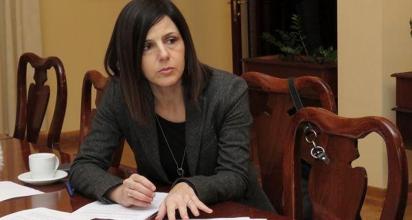 Svi Šapčani će odlučivati o prioritetima za trošenje novca od poreza Članovi Gradskog veća grada Šapca upoznali su se sa dnevnim redom 20. sednice Skupštine grada Šapca.