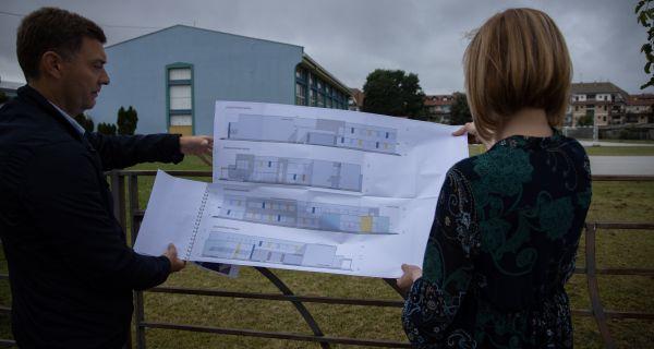 Zelenović: Niko ne može da  zaustavi plan da deca idu  u školu u jednoj smeni