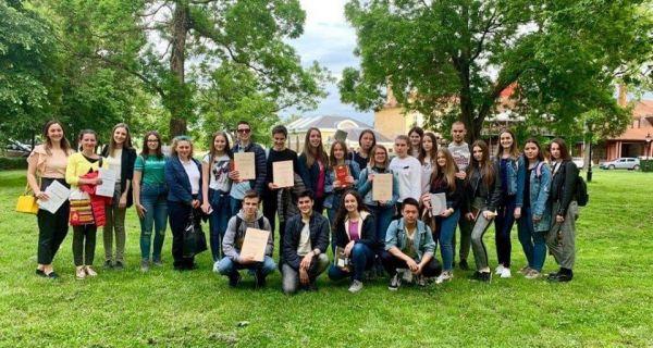 Gimnazijalci sa Književne olimpijade doneli 14 nagrada