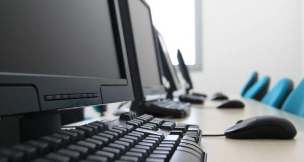 Отворен конкурс за организовање програма преквалификација у области IT технологија