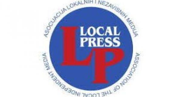 """""""Lokal press"""" poziva Branka M. Vujkovića da se javno izvini novinarima Podirnskih i Televizije Šabac"""