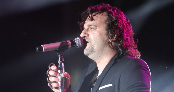 Аца Лукас пева на дочеку у Београду