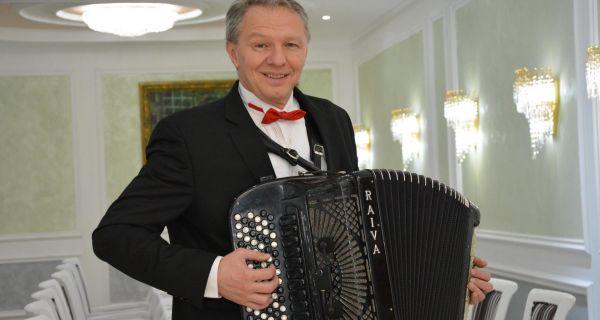 Harmonikom čuva  izvornost Srbije