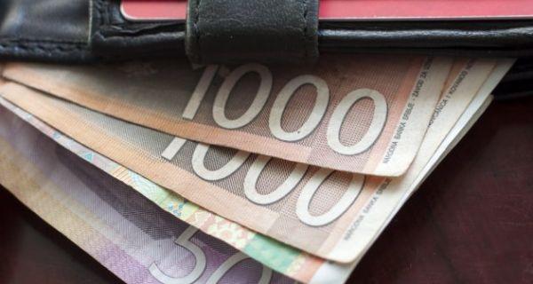 Male plate motiv za odlazak