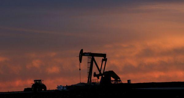 Danas: U slučaju nestašice, Srbija bi imala nafte za samo desetak dana