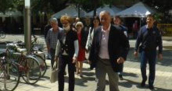 "Grupa građana ""Pošteno - Miloš Milošević"" predala potpise podrške građana"