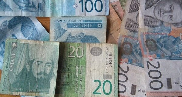 Prosečna plata u avgustu - 54.115 dinara