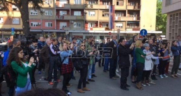 Новинари на скупу у Београду позвали тужилаштво да реагује на претње њиховим колегама